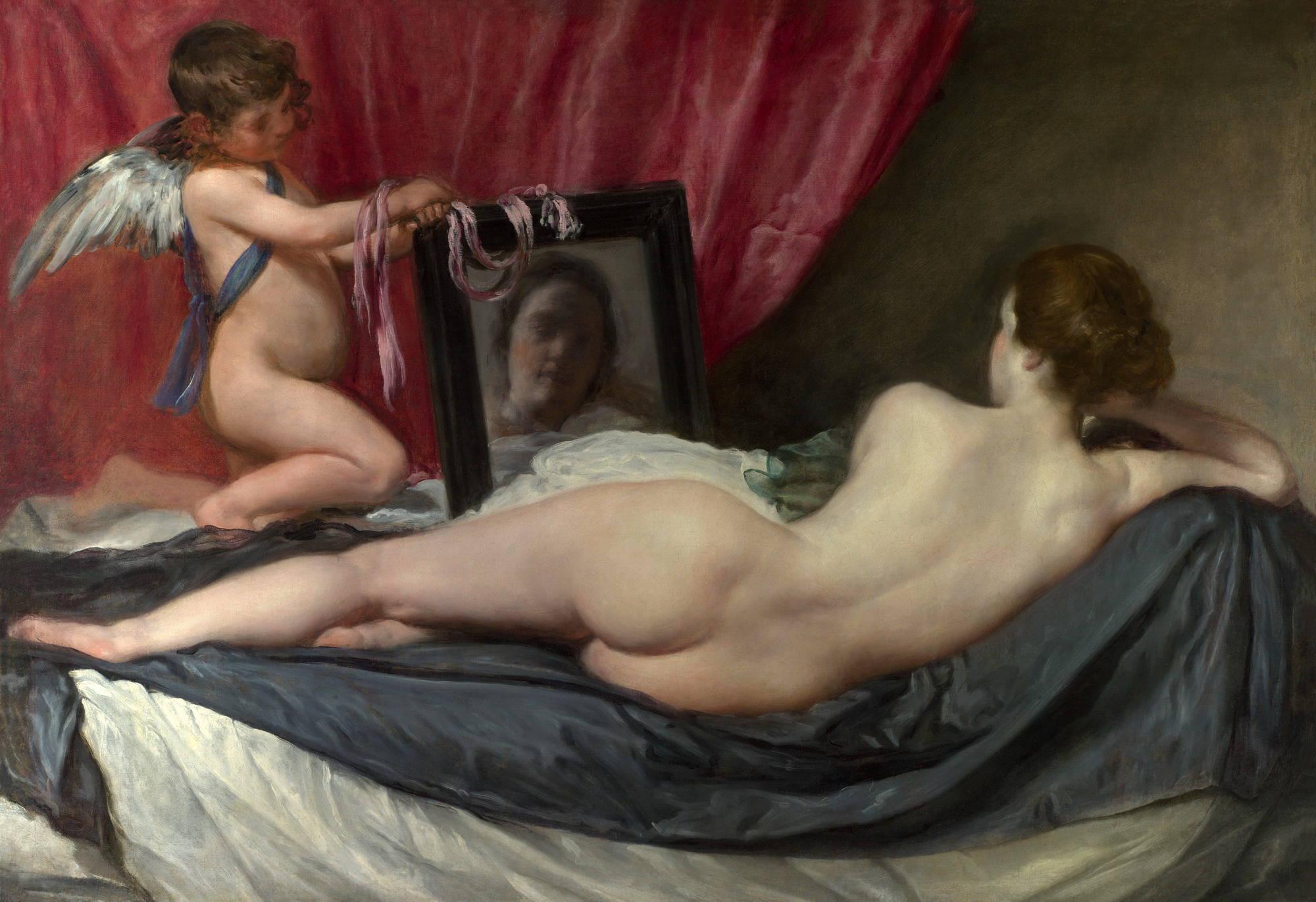Что случится если стоять голой перед зеркалом 3 фотография